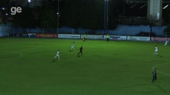 Técnico do Vitória-ES lamenta primeiro tempo ruim no empate com o Rio Branco-ES