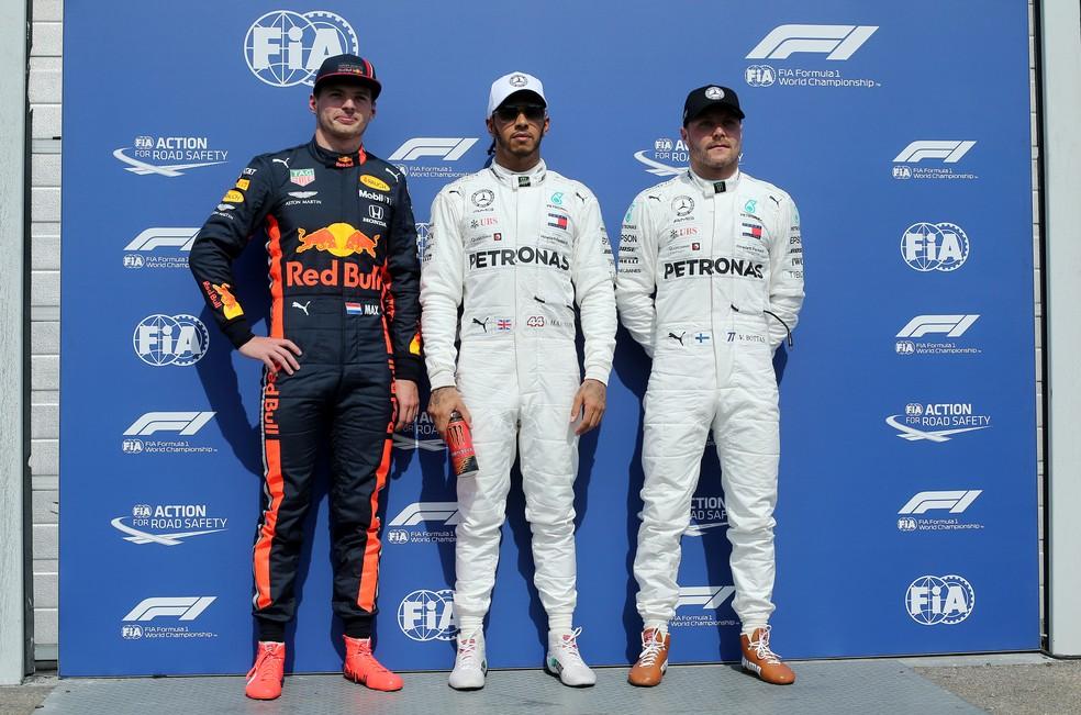 Verstappen, Hamilton e Bottas, os três primeiros do grid em Hockenheim — Foto: Reuters