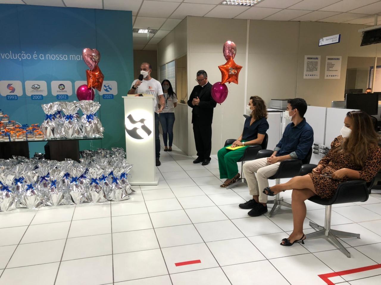 TV Asa Branca comemora 30 anos com missa na sede da emissora