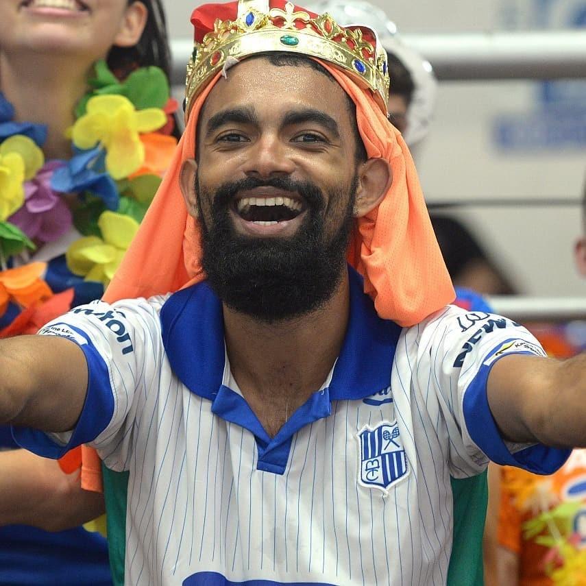 'O mínimo que deveria ter sido feito', diz torcedor do Minas sobre suspensão de Maurício Souza por fala homofóbica