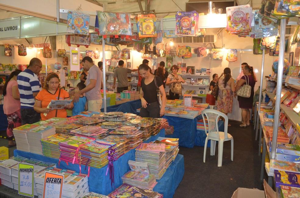 -  Salão do Livro em Santarém, no Pará  Foto: Luti Gomes/Arquivo/G1