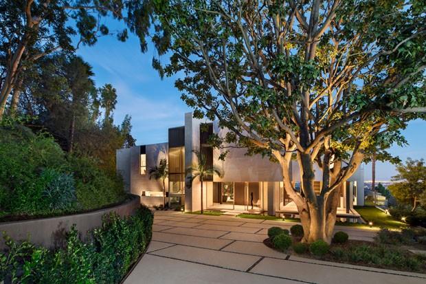 Uma casa minimalista aberta para a paisagem na Califórnia (Foto: Adam Letch)