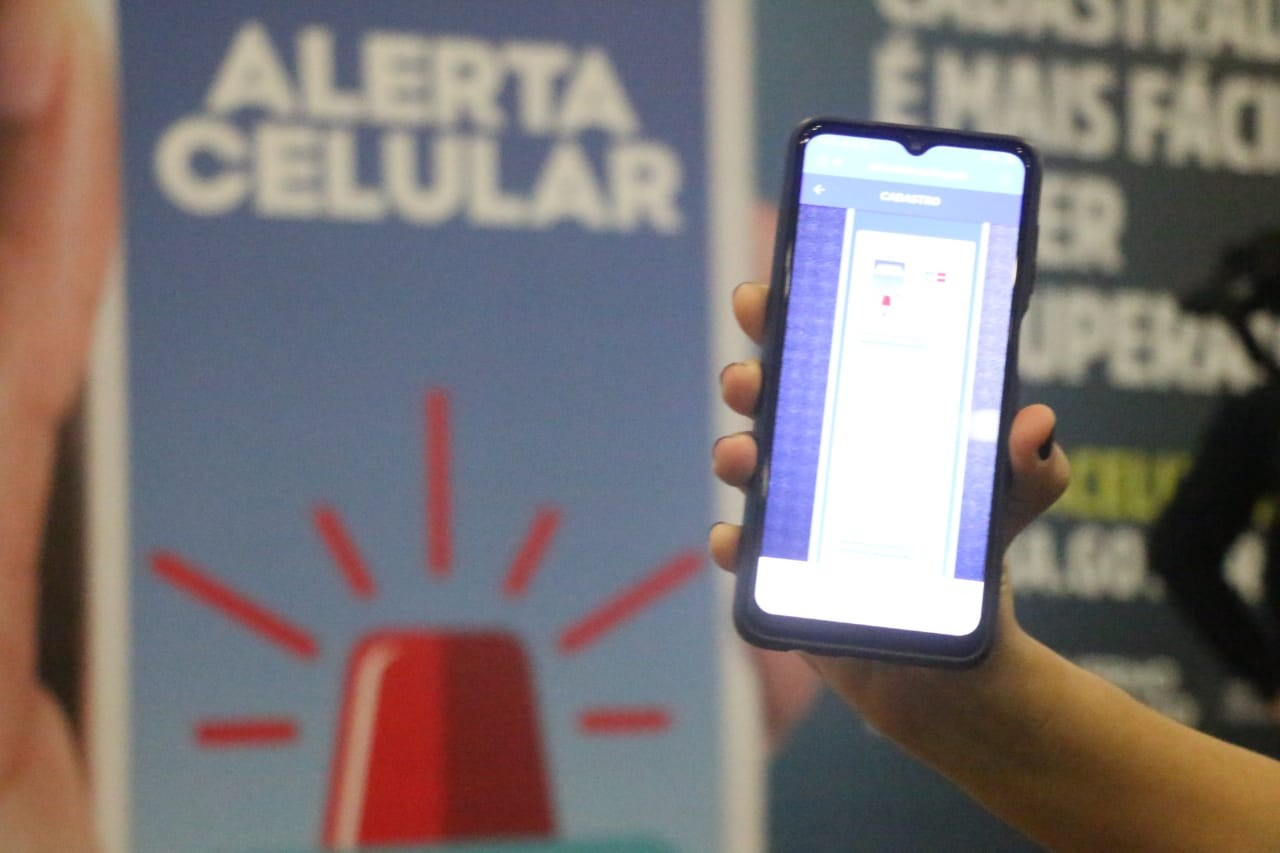 Sistema de cadastro de aparelhos de celular criado pela SSP-BA tem 12 mil inscrições em uma semana de funcionamento