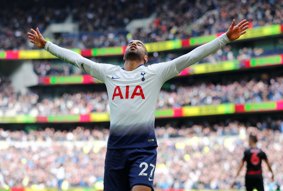 Lucas, Tottenham  x Huddersfield — Foto: REUTERS/Eddie Keogh
