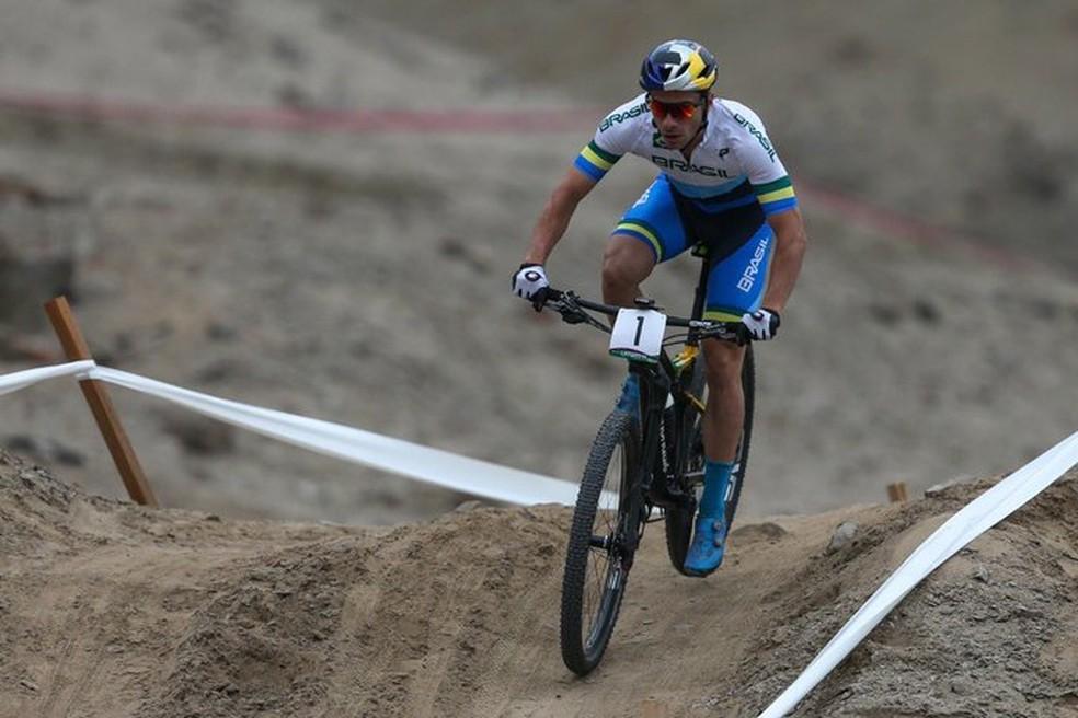 Henrique Avancini durante a prova do cross country — Foto: Divulgação/Rede do Esporte