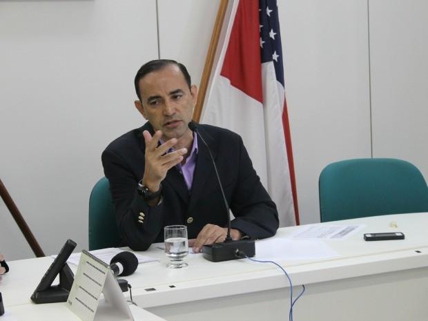 Ex-secretário de Fazenda do AM se entrega na Polícia Federal e é mais um preso da 'Custo Político'