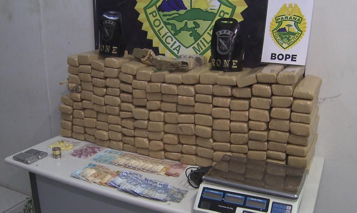 Quatro suspeitos são presos com 100 kg de maconha e 200 comprimidos de ecstasy, em Curitiba e região - Notícias - Plantão Diário