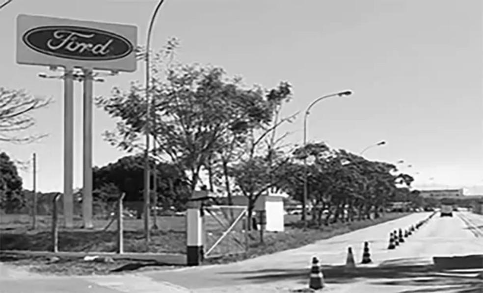 Inauguração oficial da Ford em Taubaté em 1974 — Foto: Divulgação/Ford