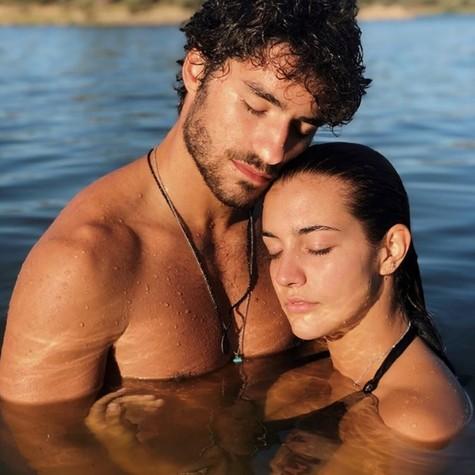 José Condessa e a namorada (Foto: Reprodução Instagram)