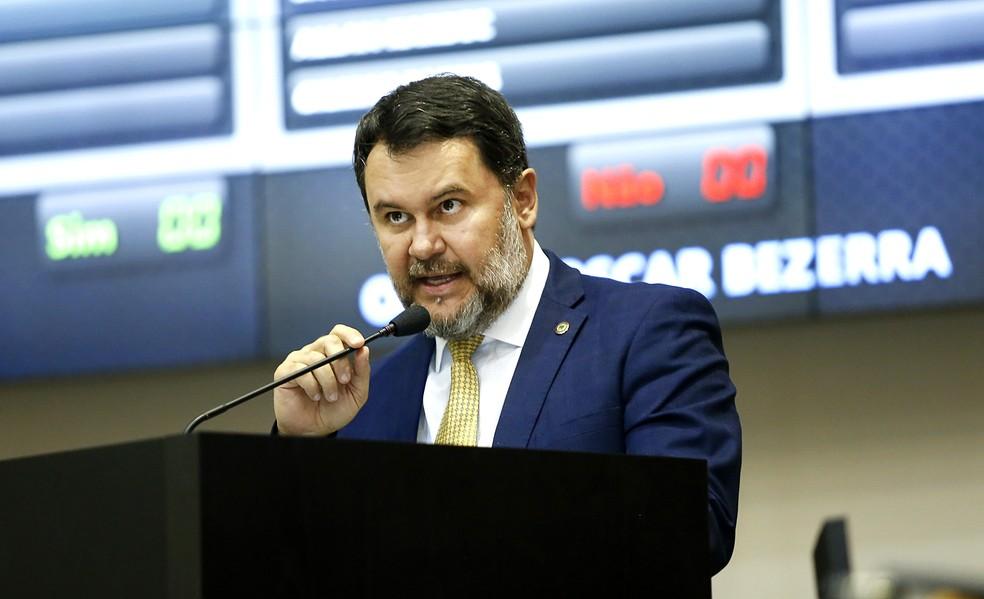 Deputado estadual Oscar Bezerra (PV) diz que projeto pode ajudar a melhorar a logística do estado (Foto: JLSiqueira/ALMT)