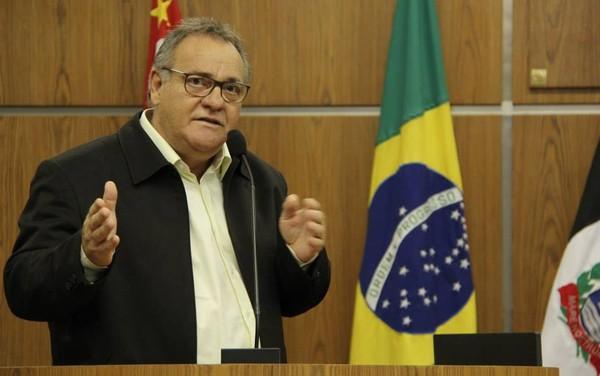 Antônio Eduardo Serrano é atual secretário de Habitação na cidade (Foto: Reprodução/Câmara de Praia Grande)