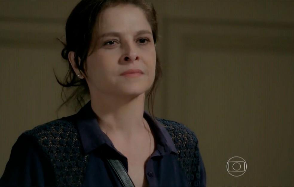 Em 'Império', Cora (Drica Moraes) interrompe a conversa de Cristina (Leandra Leal) e José Alfredo (Alexandre Nero) — Foto: Globo