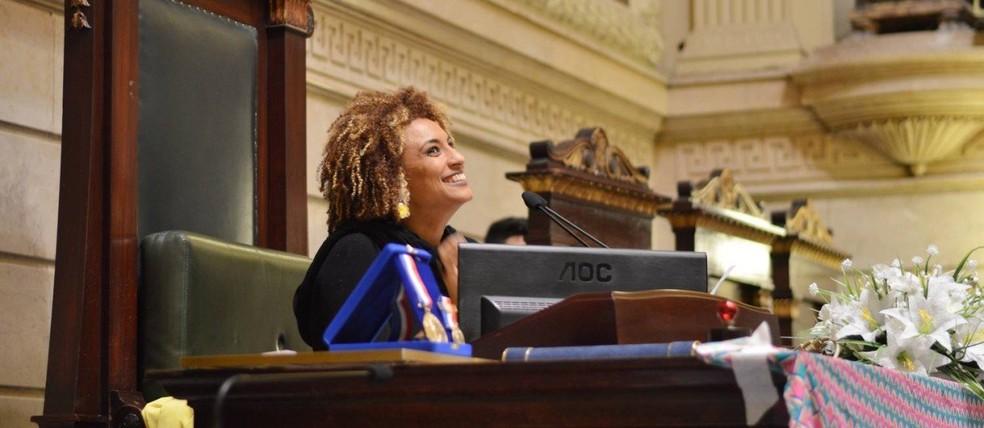 Vereadora Marielle Franco durante uma sessão na Câmara do RiO — Foto: Rafaela Cassiano/Agência O Globo