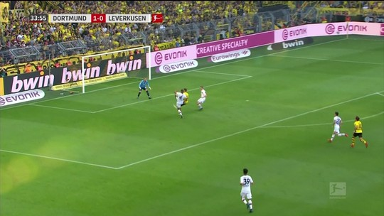 Escolha a pintura do futebol internacional no É Gol!!!