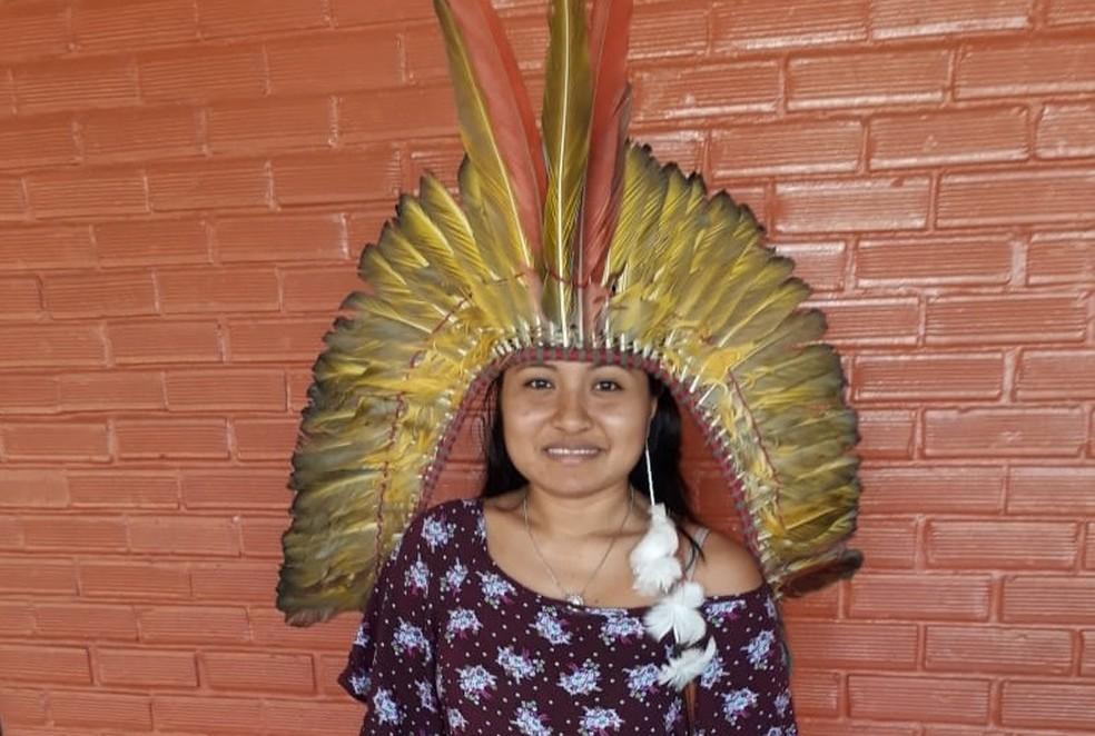 Cristina Kaxinawá sonha em cursar economia e faz o pré-Enem para indígenas na Ufac — Foto: Arquivo pessoal