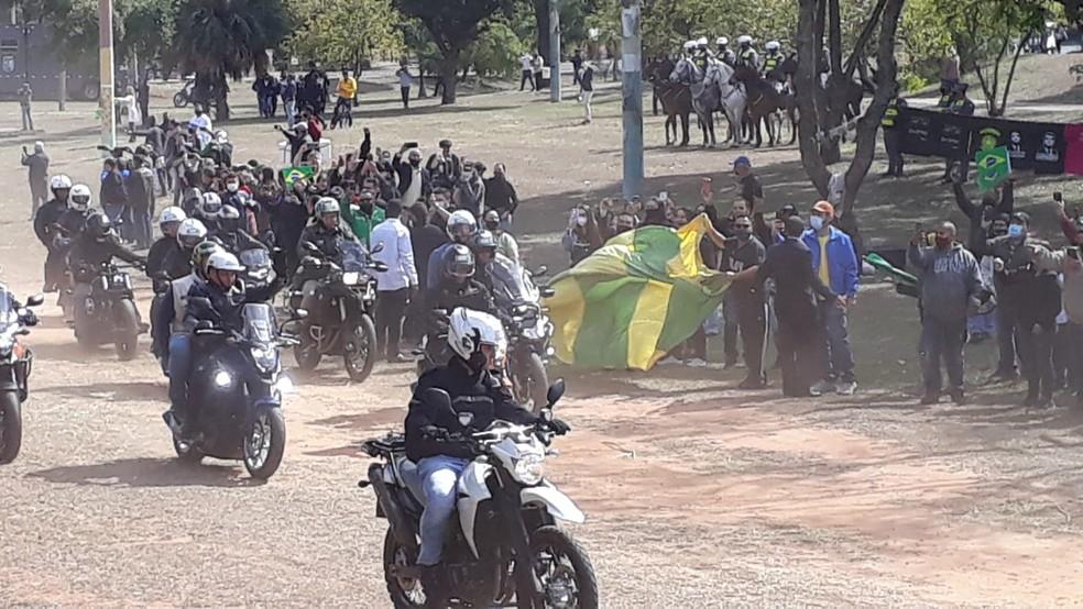 O presidente Jair Bolsonaro participou neste sábado (31) de um passeio de motociclistas em Presidente Prudente — Foto: Emerson Sanchez/TV Fronteira