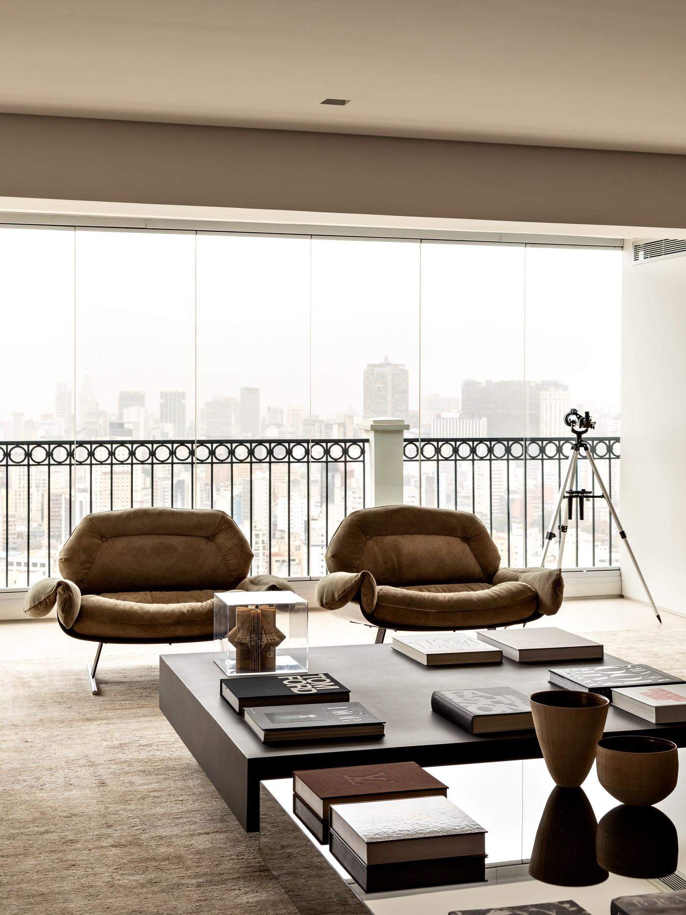 Décor do dia: sala de estar integrada à varanda (Foto: Fran Parente)