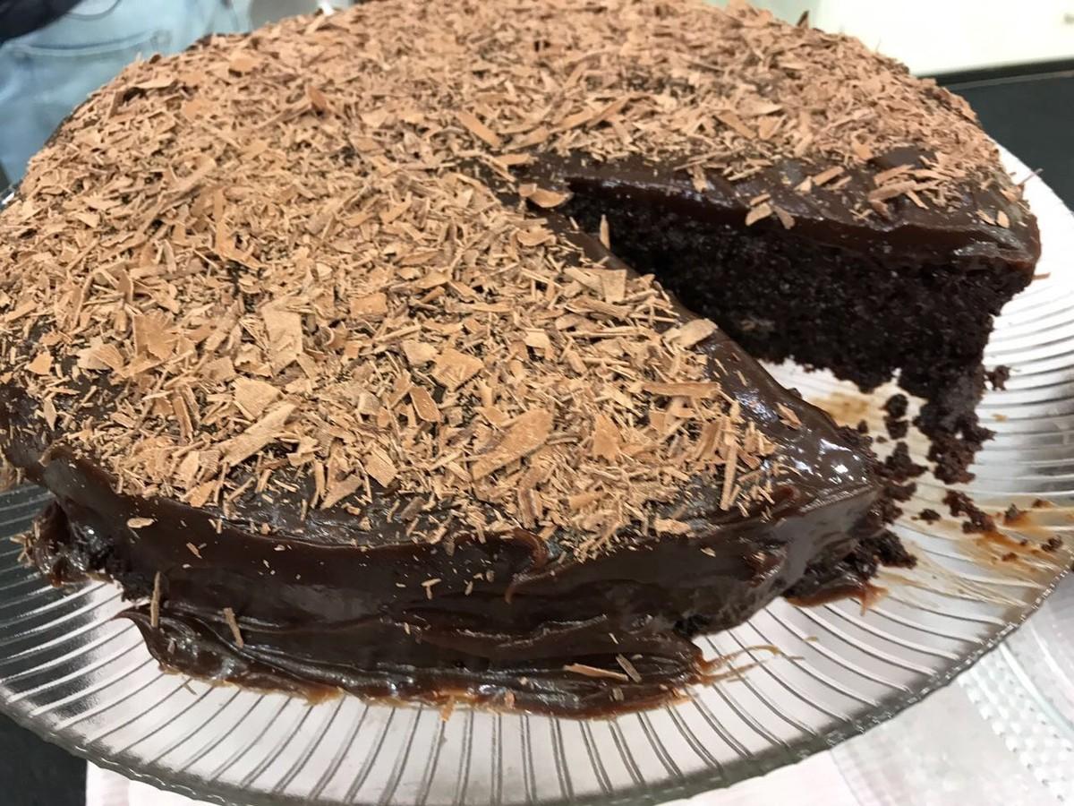 Bolo Molhadinho De Chocolate Receitas Gshow Gshow