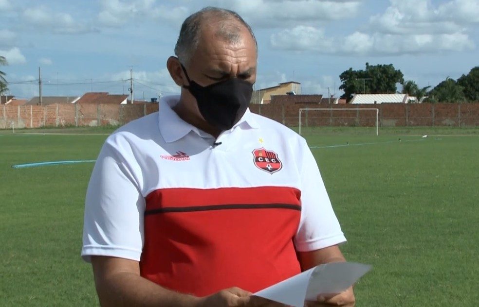 Wilson Nascimento segue se movimentando para provar que não assinou documento marcando amistoso contra o Andraus-PR — Foto: Reprodução / TV Globo