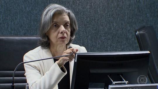 Carmén Lúcia determina que TRF-4 liberte todas as pessoas presas após a 2ª instância