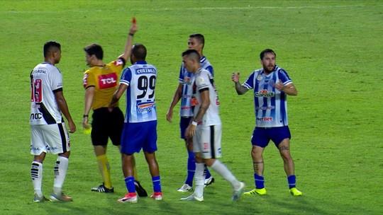 Expulso na derrota para o Vasco, Jonatan Gómez desfalca o CSA contra o Fortaleza