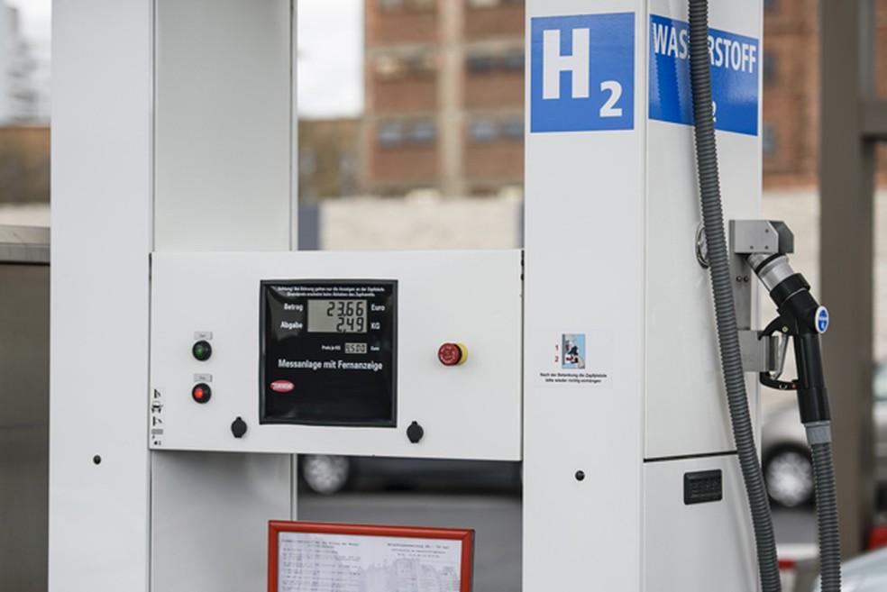 Posto de combustível de hidrogênio é vista em Berlim, em foto de 31 de março  — Foto: AFP Photo/Clemens Bilan