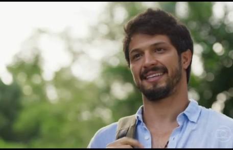 Na segunda-feira (21), Marcos (Romulo Estrela) ficará sabendo que Paloma (Grazi Massafera) e Ramon (David Junior) não estão mais juntos TV Globo