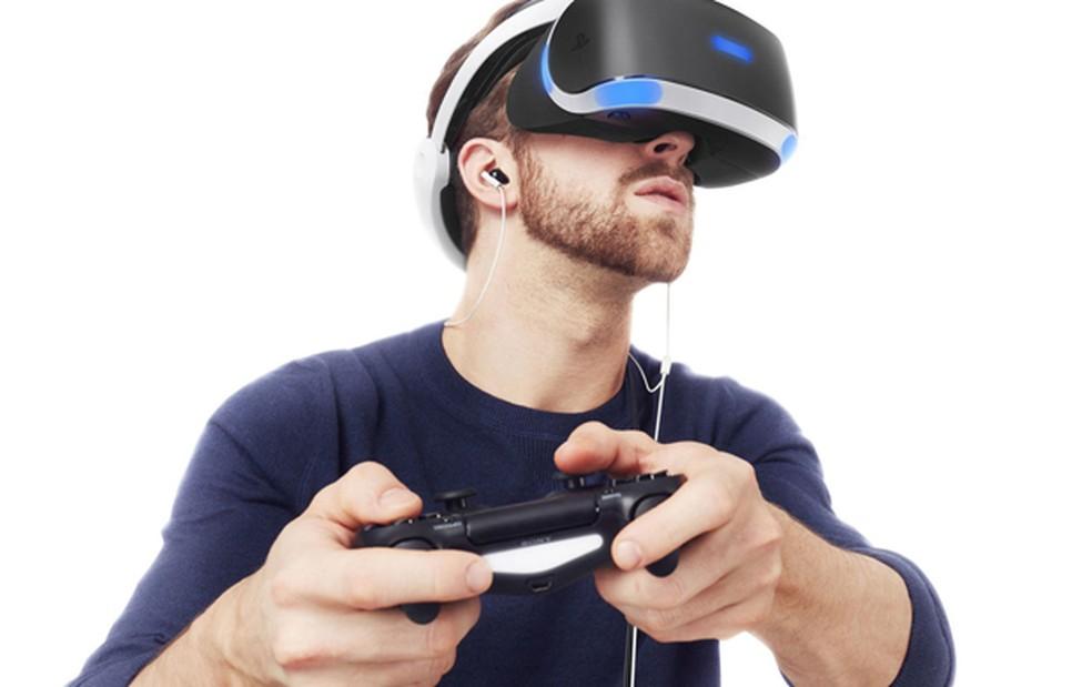 Chegada de acessórios de realidade virtual, como o PlayStation VR (foto), fez com que Sony e Microsoft anunciassem a produção de versões mais potentes de PS4 e Xbox One — Foto: Divulgação/Sony