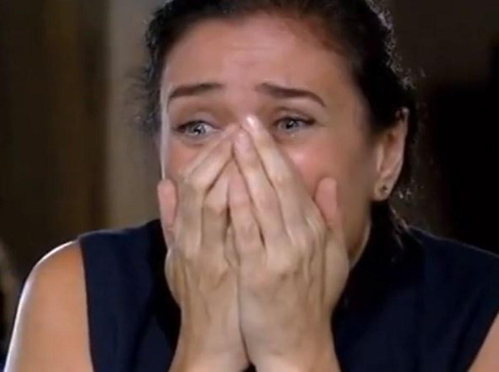 Griselda tem pressentimento ruim em 'Fina Estampa' — Foto: Globo