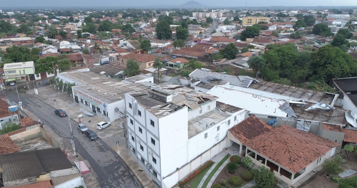 Prefeitura de Várzea Grande (MT) deve suspender atendimento em unidades de saúde após danos causados pela chuva