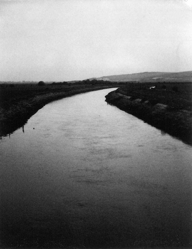 <em>The River Ouse, East Sussex, England</em>, 2003, de Patti Smith