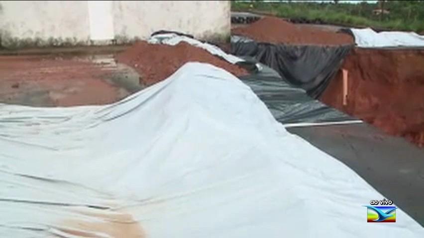Defesa Civil isola área em risco no Residencial da Ribeira em São Luís