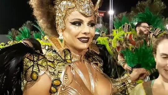 Viviane Araújo brilha no Desfile das Campeãs como rainha da vencedora Mancha Verde: 'A gente mereceu!'