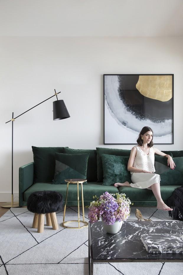 Décor elegante e sem excessos neste apartamento de 150 m² (Foto: Denilson Machado)