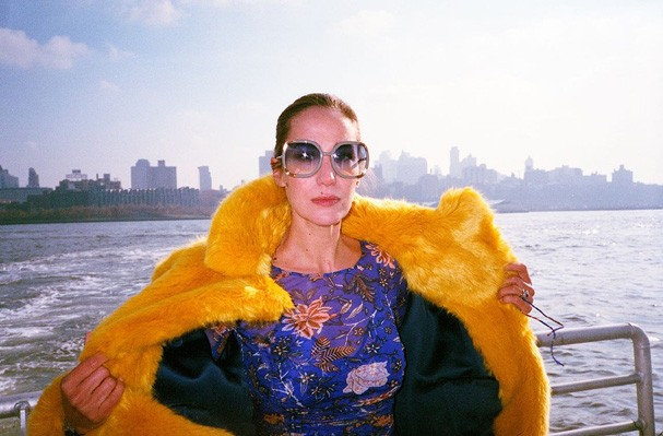Paola de Orleans para Diane von Furstenberg (Foto: Tinko Czetwertynski)