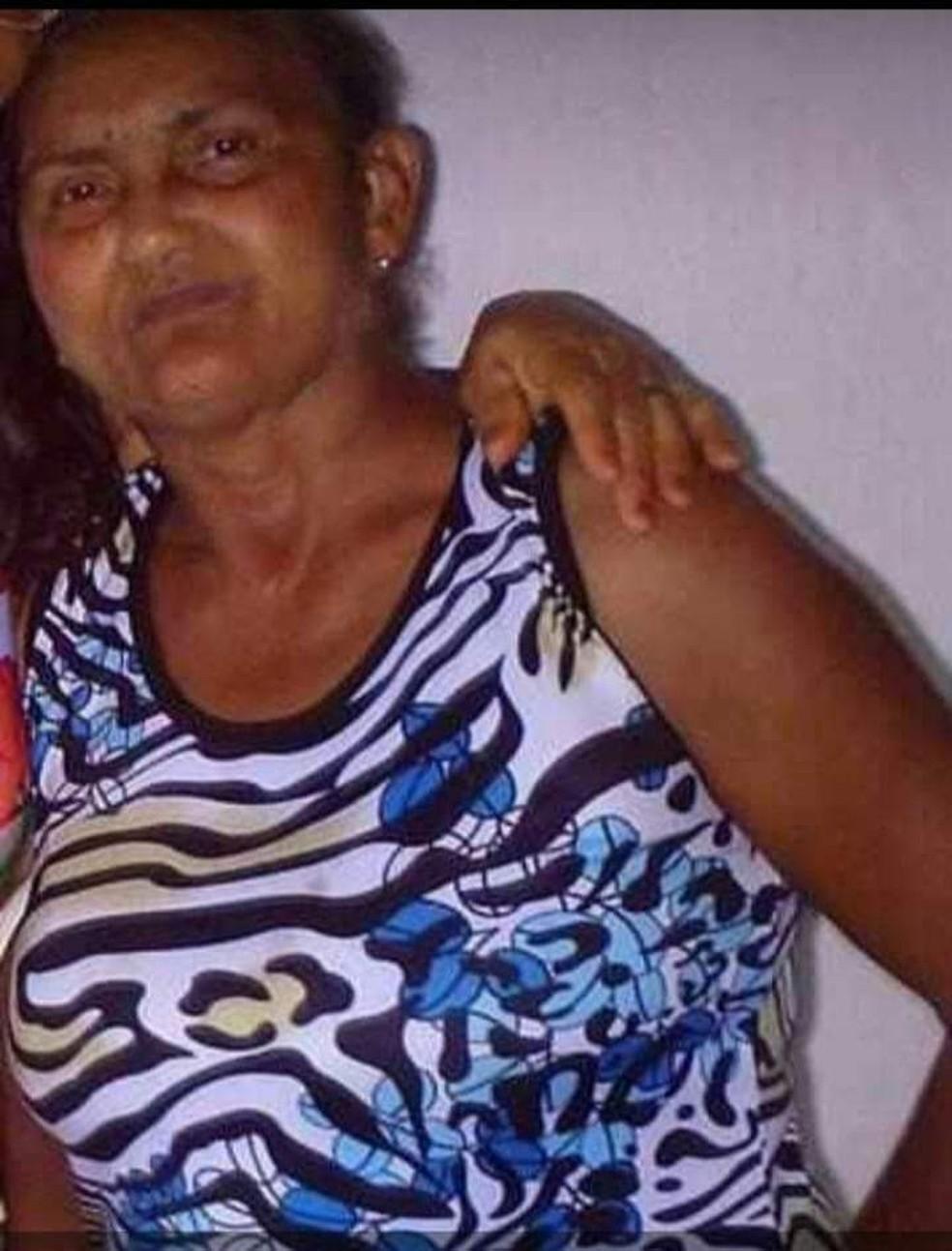Rita Dias de Araújo Marcolino tinha 69 anos de idade e morreu vítima de Covid-19 em Alexandria — Foto: Cedida