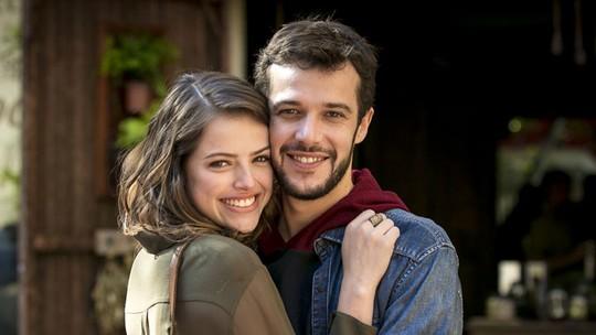 Agatha Moreira e Jayme Matarazzo contam como foi gravar a primeira vez de Gimila