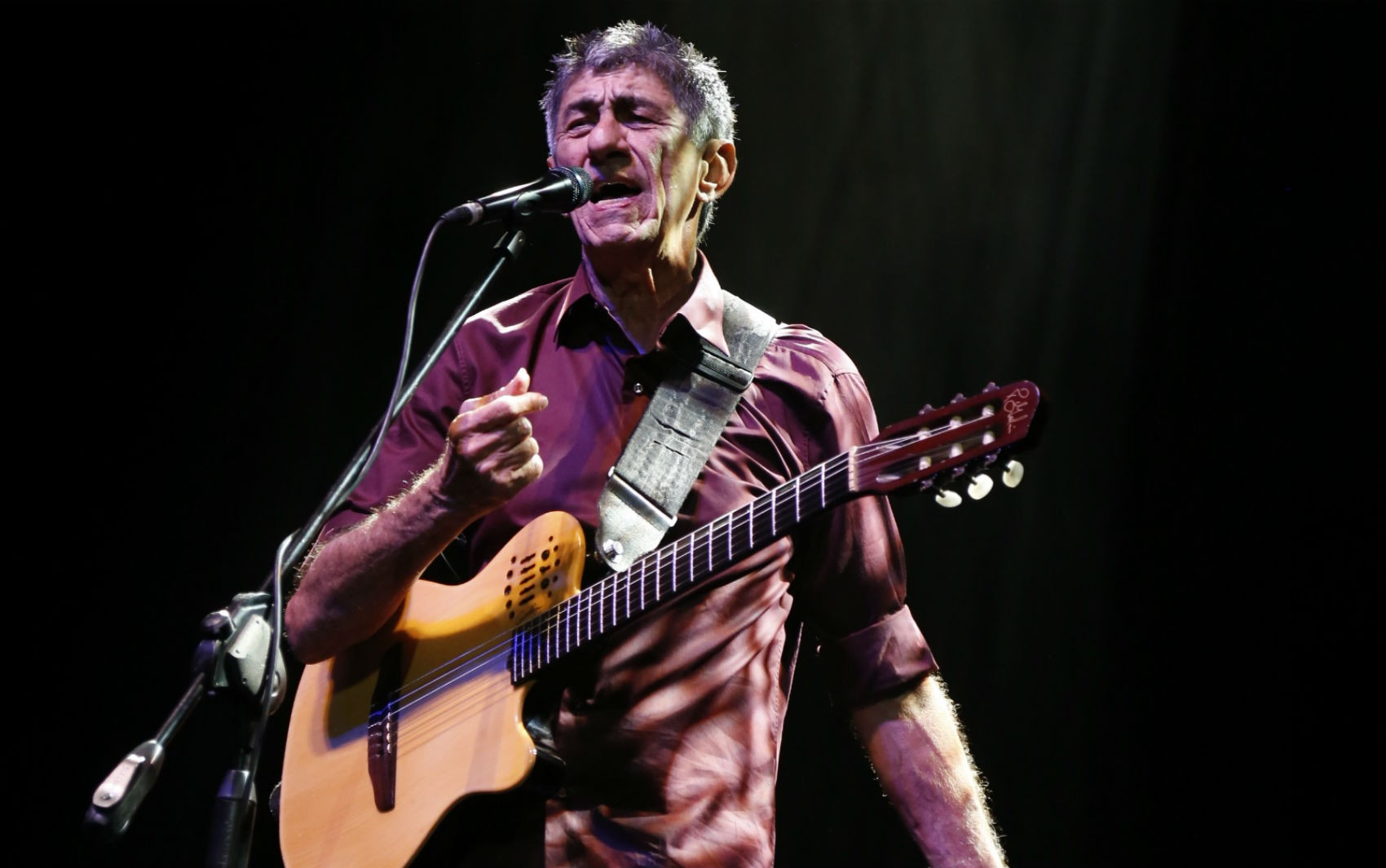 Fagner faz show no São João 2018 de Campina Grande neste sábado (23)