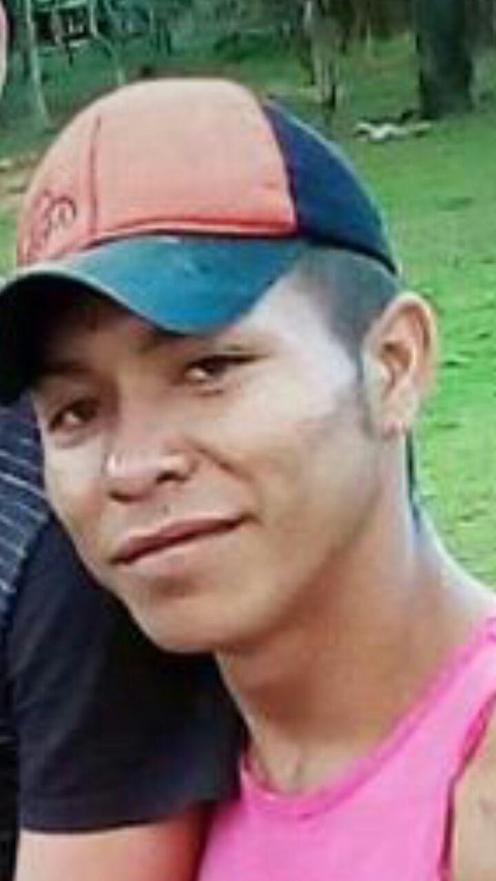 Motorista atropela e mata jovem e depois descobre que vítima era seu irmão no interior do AC
