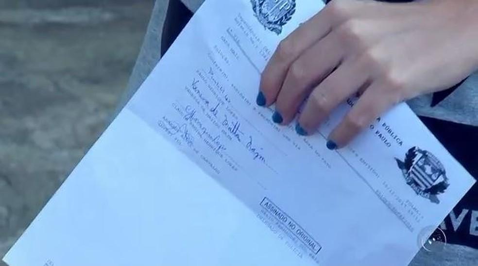 Vítima de golpe registrou boletim de ocorrência em Rio Preto (Foto: Reprodução/TV TEM)