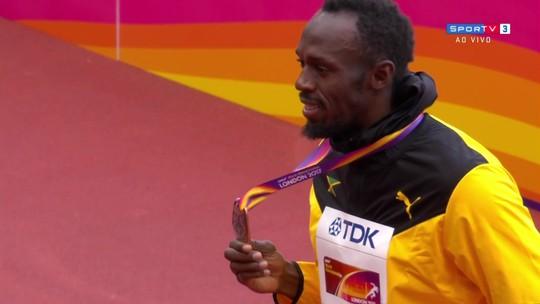 Entre vaias e aplausos, Justin Gatlin recebe ouro pelo título mundial dos 100m