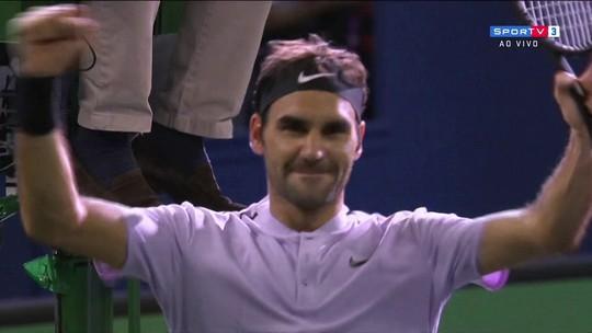 Federer domina Nadal, leva título em Xangai e iguala marca de Ivan Lendl