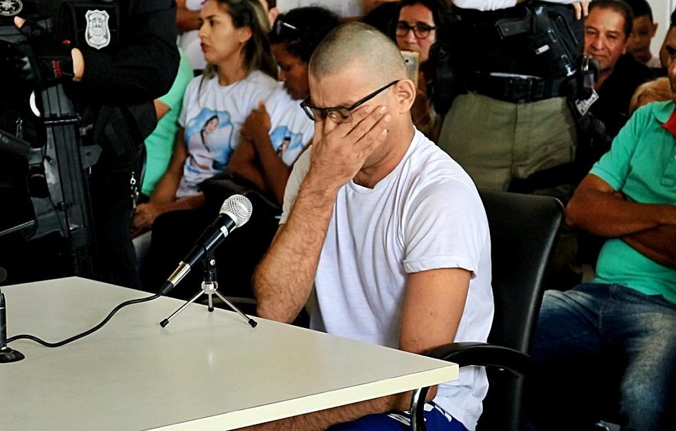 Raimundo Neto Pereira chorou durante depoimento (Foto: Kairo Amaral/TV Clube)