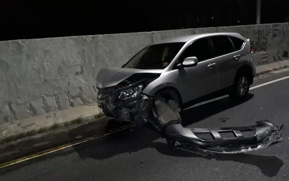 Honda danificado ao passar por viaduto que cedeu na Marginal Pinheiros no último dia 15 de novembro — Foto: Reprodução/Divulgação/Arquivo pessoal