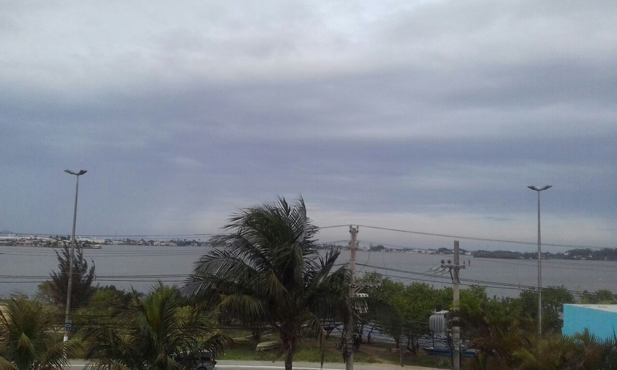 Previsão de chuva durante o domingo em Cabo Frio, no RJ