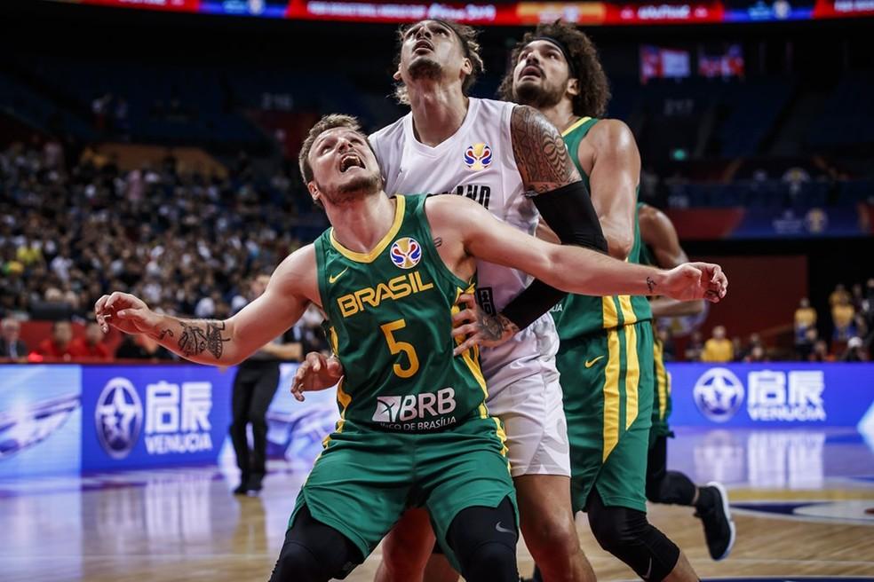 Rafa Luz em ação no Mundial de basquete  — Foto: Divulgação Fiba