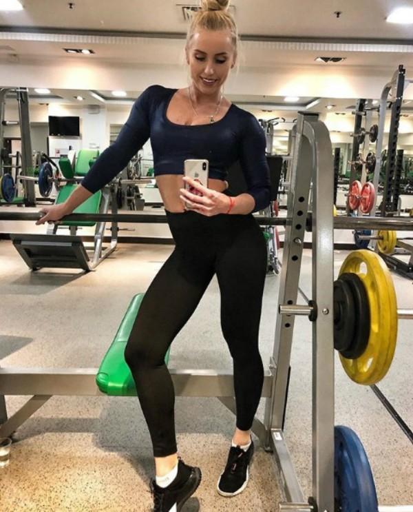 Yulia Ushakova de volta aos treinos (Foto: Reprodução Instagram)