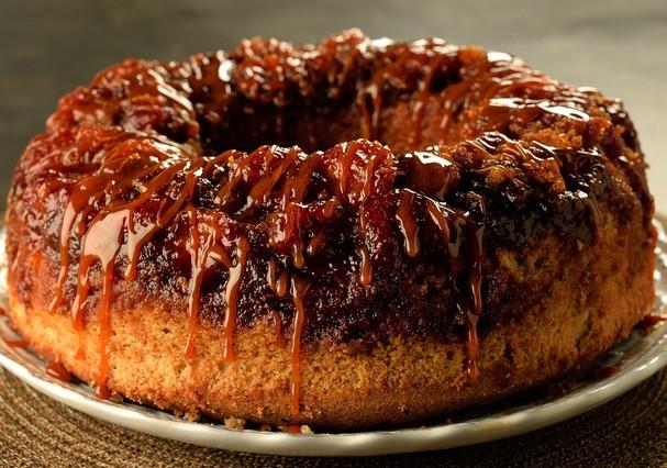 Bolo de banana e caramelo da Vis Savour Boulangerie (Foto: Divulgação)