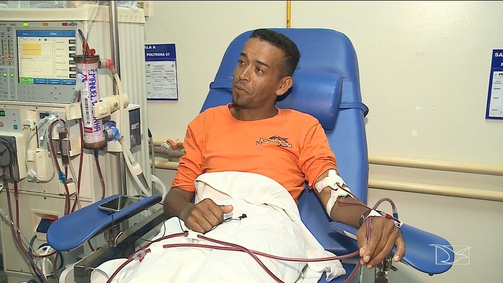 Autônomo Emanoel da Cunha aguarda há nove anos um transplante de rim — Foto: Reprodução/TV Mirante