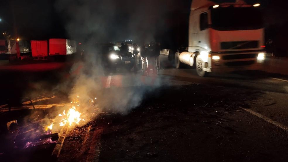 PRF manifestação BR-364 — Foto: Ruan Gabriel/Rede Amazônica